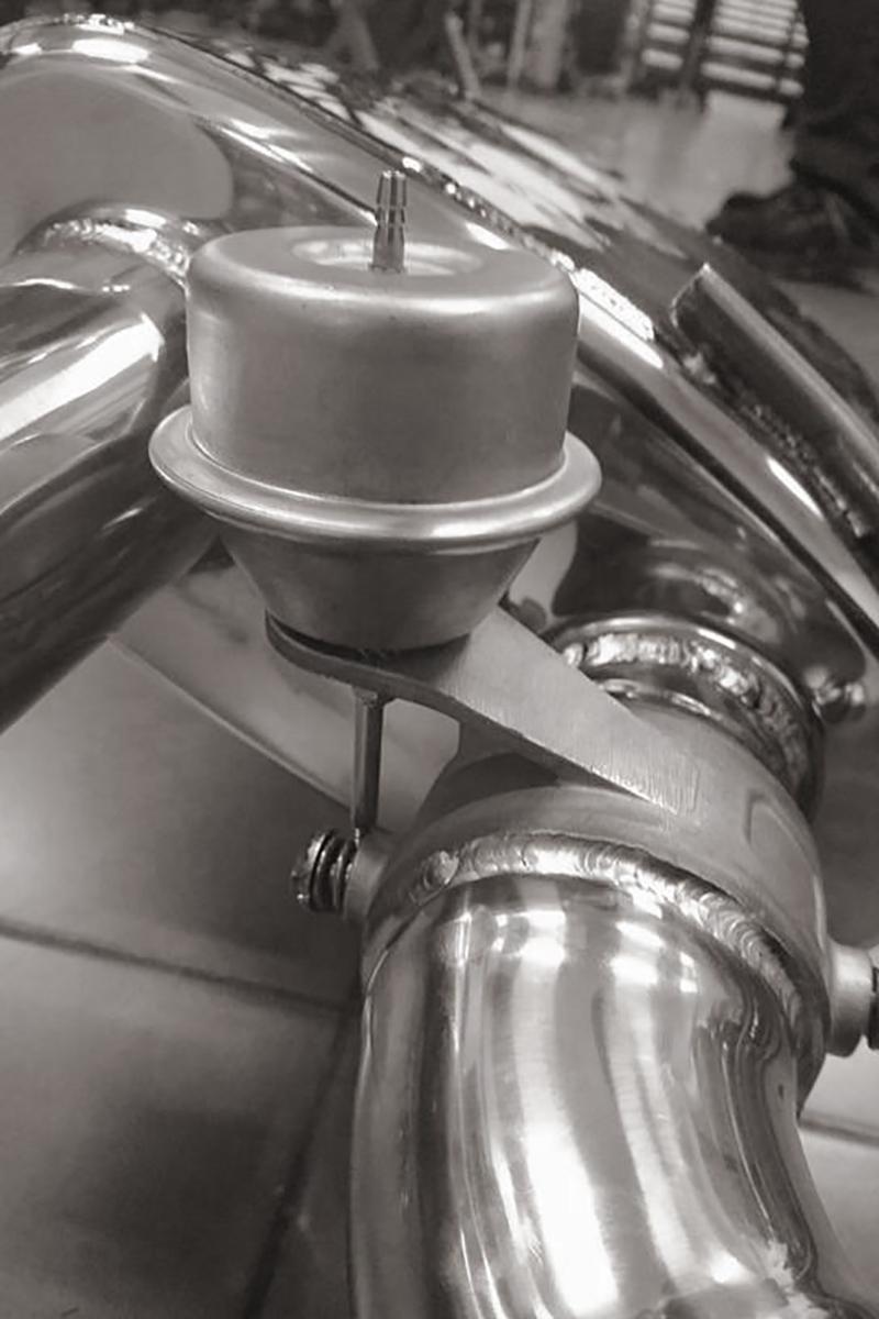 macan-exhaust-05